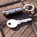 1431964608_TU-262-waterproof-mini-lighter-keyring-5_grande